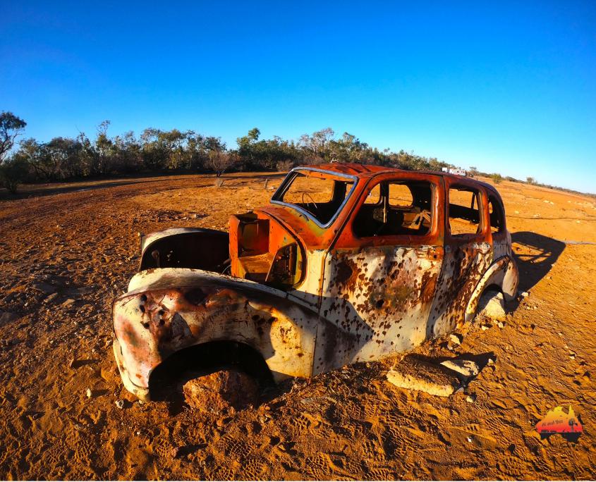 Rusted car at Cadelga Ruins