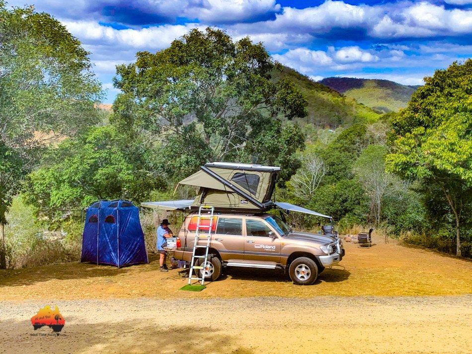 Neurum Creek Bush Retreat - Landcruiser and roof top tent